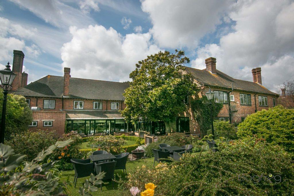 Montagu_Arms_Hotel_New_Forest_DJ