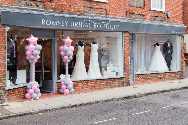Romsey_bridal_wedding_dress_shop_New_Forest