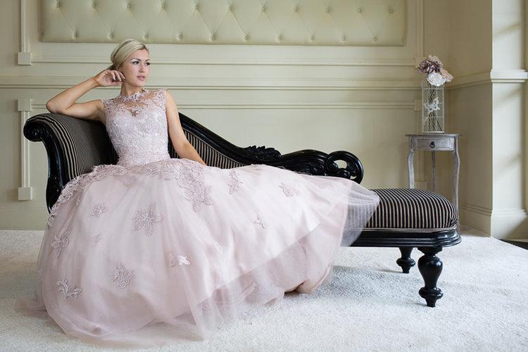 Wedding_dress_shop_New_Forest