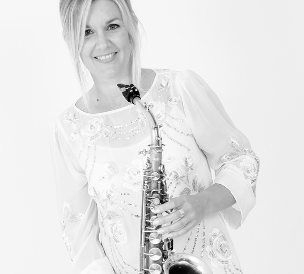 Clare-manners-saxophone-new-forest